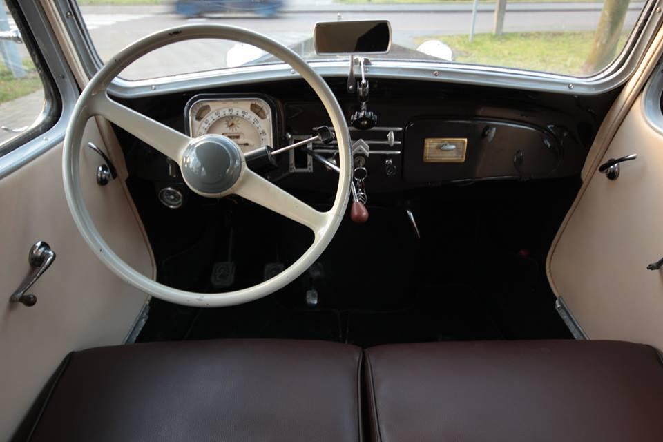 large.cockpit.jpg