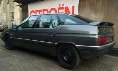 XM V6 Tecnic 1989