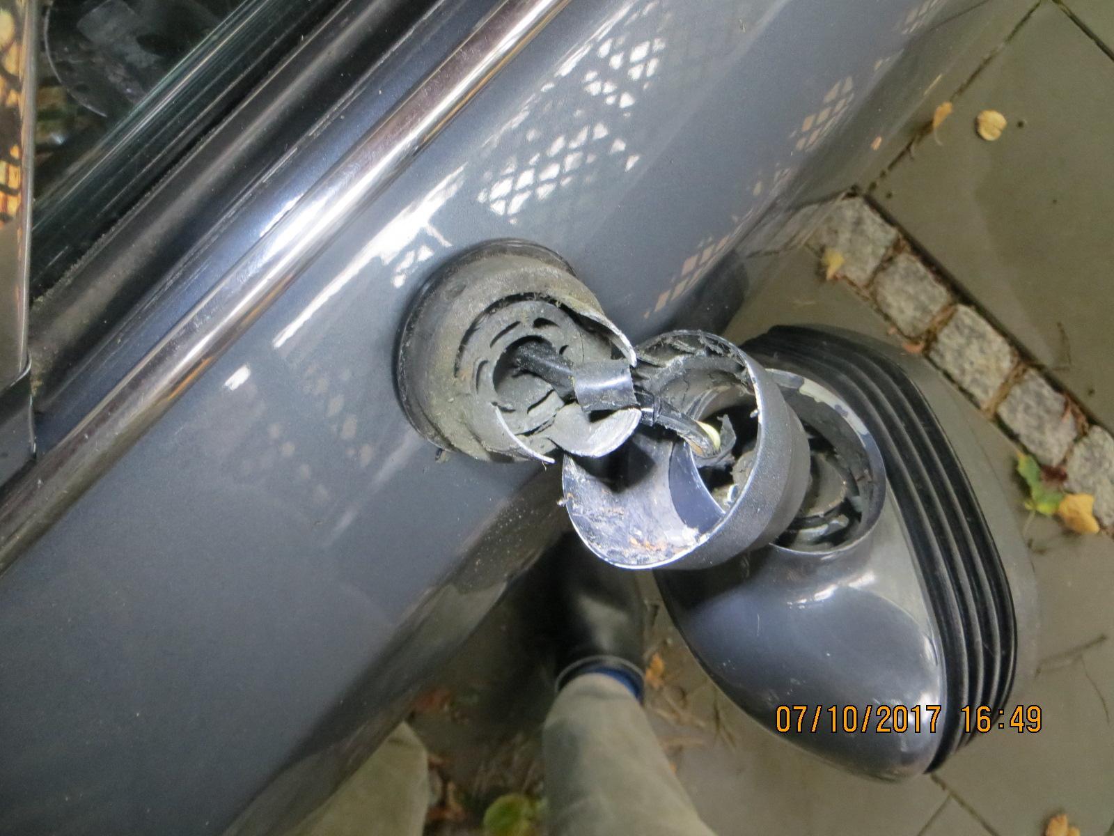 CX_Fahrerspiegel.JPG.cc31cd4ee1dae73d1c381703ed690ff3.JPG