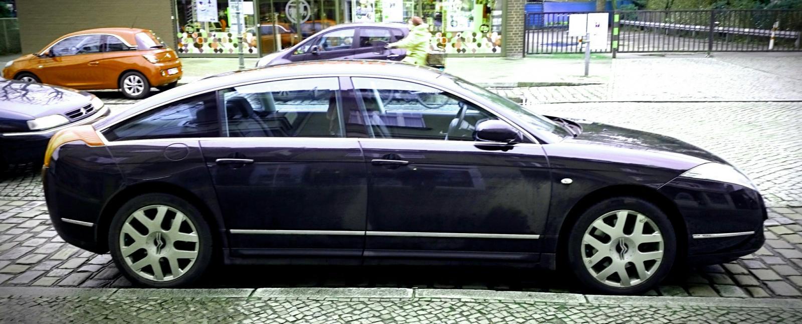 large.c6heinsestrasse.JPG.0906cf0bc88108b8ab629c57da75ba5c.JPG