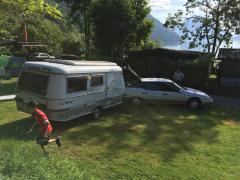XM mit Wohnwagen