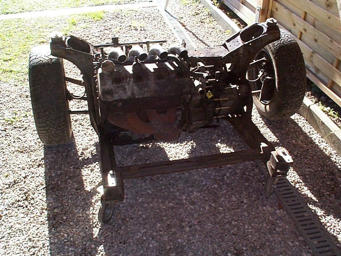 Motorwagen vorn 2_(1280_x_1024).jpg